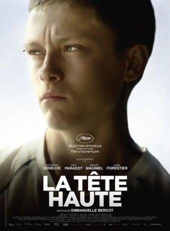 La Tête haute (2015)