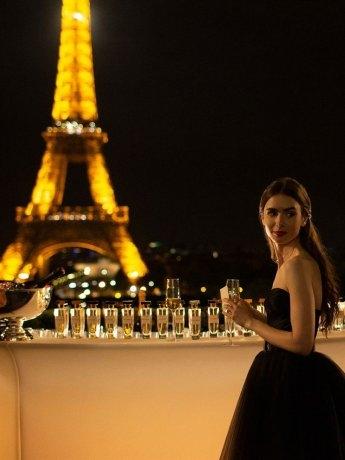 Emily in Paris (2020)